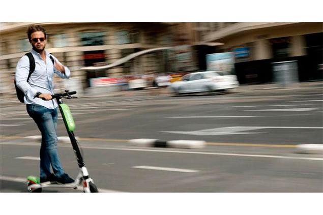 El peligro que corremos en nuestras calles con patinetes eléctricos, ciclo turistas y ciclistas | Borja Echevarria Basáñez